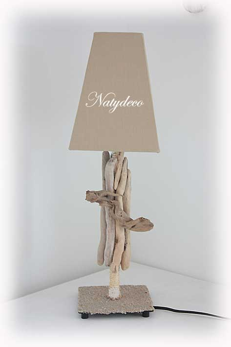 Lampe en bois flott for Livre technique bois flotte