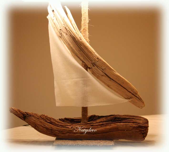 Lampe en bois flott for Grossiste en bois flotte
